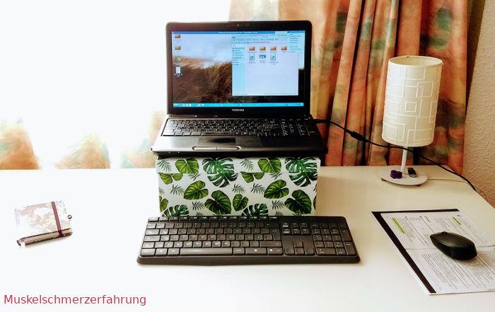 Laptop auf Box